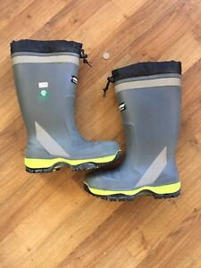 Baffin steel toed boots size 12