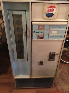 Pepsi Machine (Vendo VF56)