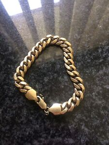 18ct gold men's bracelet Revesby Heights Bankstown Area Preview