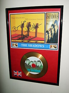 THE-SHADOWS-SIGNED-FRAMED-GOLD-RECORD-LOOK-CD-DISPLAY