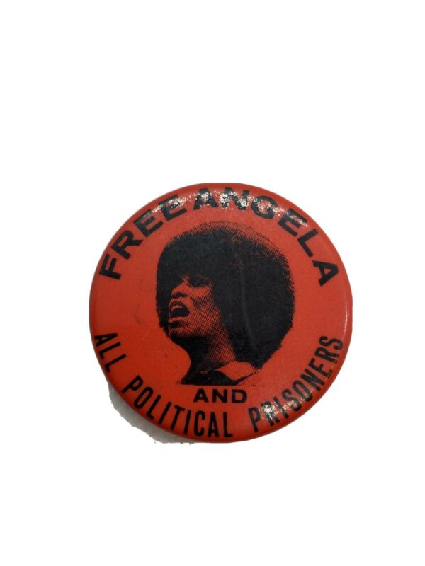 Original 1970s Free ANGELA AND ALL POLITICAL PRISONERS Photo Pin Back