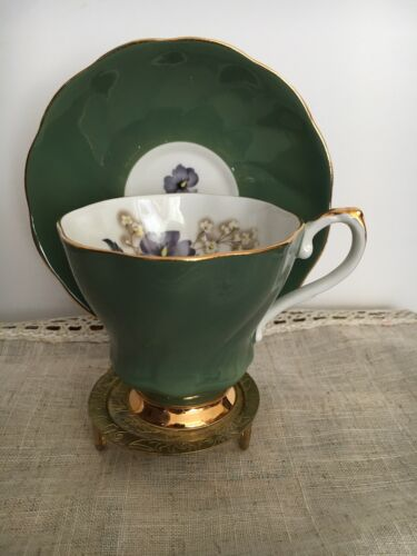 Excellent Vintage Royal Grafton Teacup and Saucer