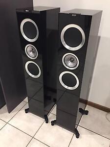 KEF R700 Floorstanding Speakers (Piano Black High Gloss) Gilmore Tuggeranong Preview