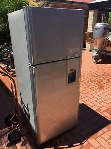 Free fridge. Not running
