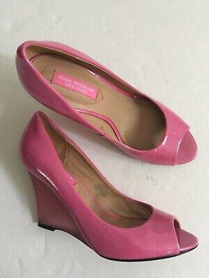 ISAAC MIZRAHI New York Jaylin Women's Pink Leather High Wedge Shoes sz 7.5 M