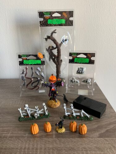 Lemax Spooky Town & DEPARTMENT 56 Lot Of 10 HALLOWEEN DECORATION