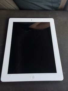 APPLE IPAD 3RD GEN 32GB WHITE WORKS PERFECTLY