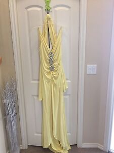 ***REDUCED - Jovani New York Collection Yellow Dress For Sale