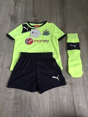 Puma Newcastle United Kids Mini Kit 1-2 Years BNWT