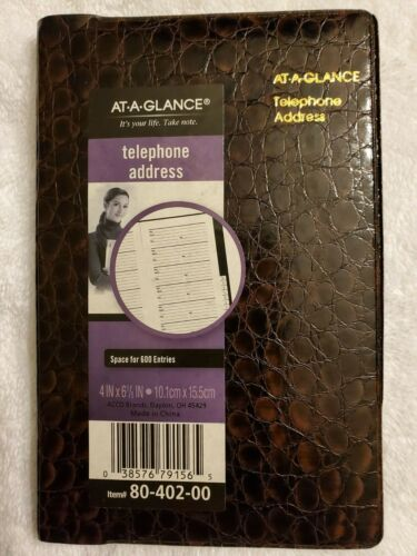 At-A-Glance Telephone and Address Book 4 x 6 1/8 in (10.1 x 15.5 cm)