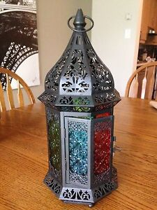 Indoor or outdoor lantern