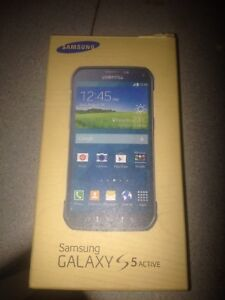Samsung galaxy s5 i think it's Rodger s
