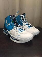 Steph Curry 2's Size 10 Men's Basketball Shoes Wallsend Newcastle Area Preview