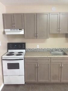 2 bedroom West Hill Available Now!