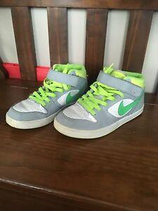 Nike Hightop Shoes Kids