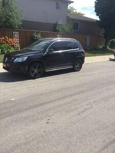 VW Volkswagen Tiguan SUV Wolfsburg Edition Black