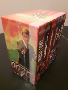 COMPLETE BOX SET OF 007