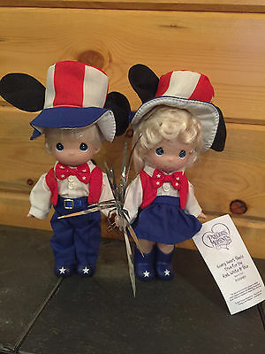 """NEW Precious Moments Disney """"EVERY HEART BEATS TRUE FOR RED, WHITE & BLUE"""" Doll"""