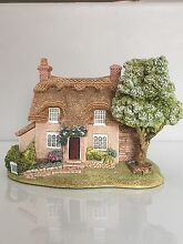 """Lilliput Lane Collectables - """"Cherry Blossom Cottage"""" Tapping Wanneroo Area Preview"""
