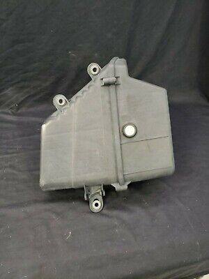 2003-2007 CADILLAC CTS AIR CLEANER FILTER BOX W/ FILTER