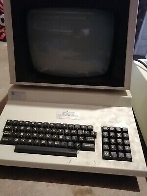 Vintage Commodore Computer 4032-32N complete