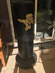 Free standing punching kicking boxing bag Mount Claremont Nedlands Area Preview