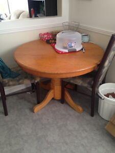 Pedestal hardwood kitchen table
