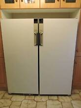 Westinghouse Silhouette Pigeon Pair Fridge and Freezer Hadfield Moreland Area Preview