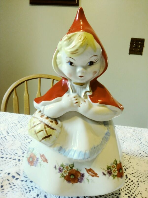 Great condition. Hull Pottery Little Red Riding Hood Cookie Jar circa 1940s.