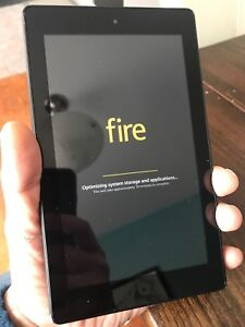 Amazon fire 7 tablet - 9/10 condition