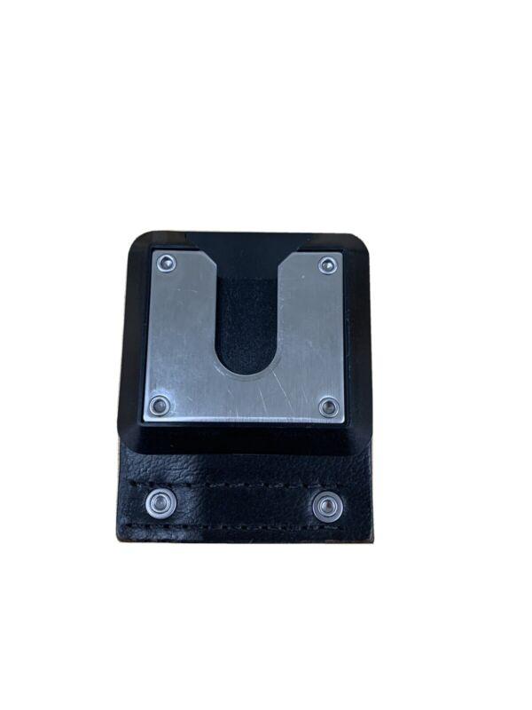 Motorola 4205857B08 Leather Swivel Belt Loop Used
