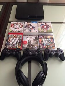 PS3 slim 500 GB package for sale excellent condition quick sale