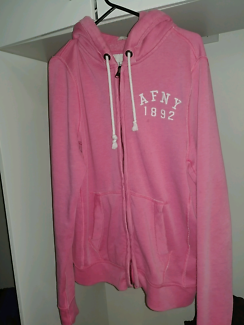 ABERCROMBIE AND FITCH MENS MEDIUM PINK HOODIE SHIRT SWEARSHIRT