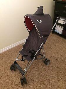 Foldable shark stroller