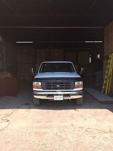 1992-1997 FORD TRUCK FOR PARTS