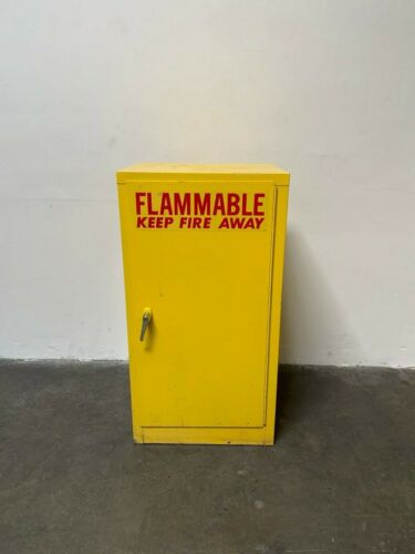 """Lab Safety Supply Model 2324 18"""" x 23"""" x 44"""" 16 Gallon Flammable Liquid Cabinet"""
