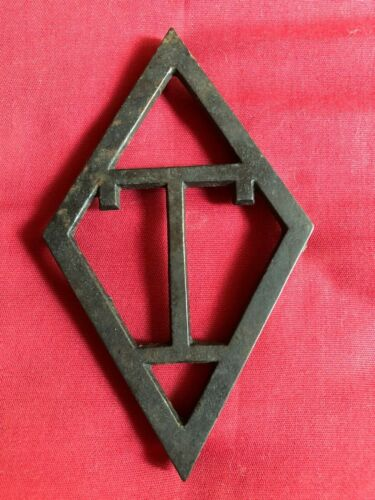 "Taylor cast iron vintage (ca 1940) ""T"" diamond iron kitchen trivet stamped RARE"