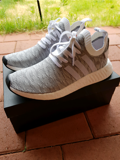 Adidas NMD R2 PK Size 10.5 US White / Grey