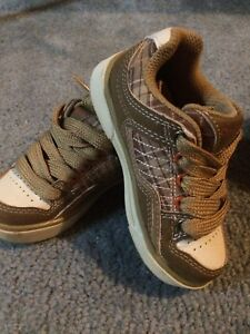 Shoes for baby or toddler