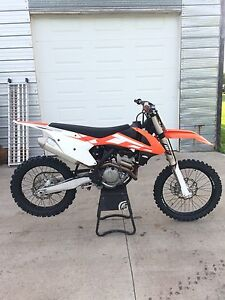 2016 KTM 250 SX-F  Low Hours
