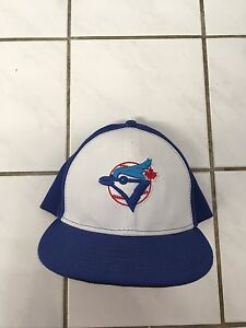 Brand New fitted Blue jays hat size 7 5/8