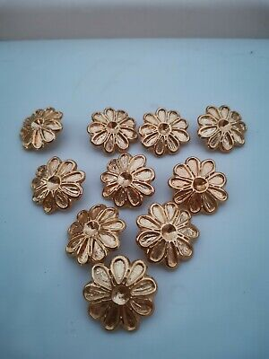 Ten large 30mm vintage gold flower metal buttons. Circa 1980s.