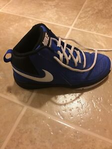Size 3Y Nike basketball sneakers