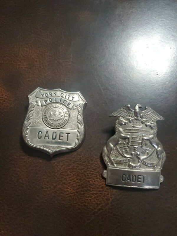 Rare 1970s Obsolete Defunct York City Pa Police Department Cadet 2 Pc. Badge Set