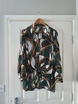 NWT-Light weight smart knotted Women's Green/black/gold Shirt (Size 18)