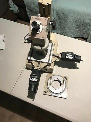 Mitutoyo Toolmakers Microscope Model 176-901-1a W Mitutoyo Digital Mics