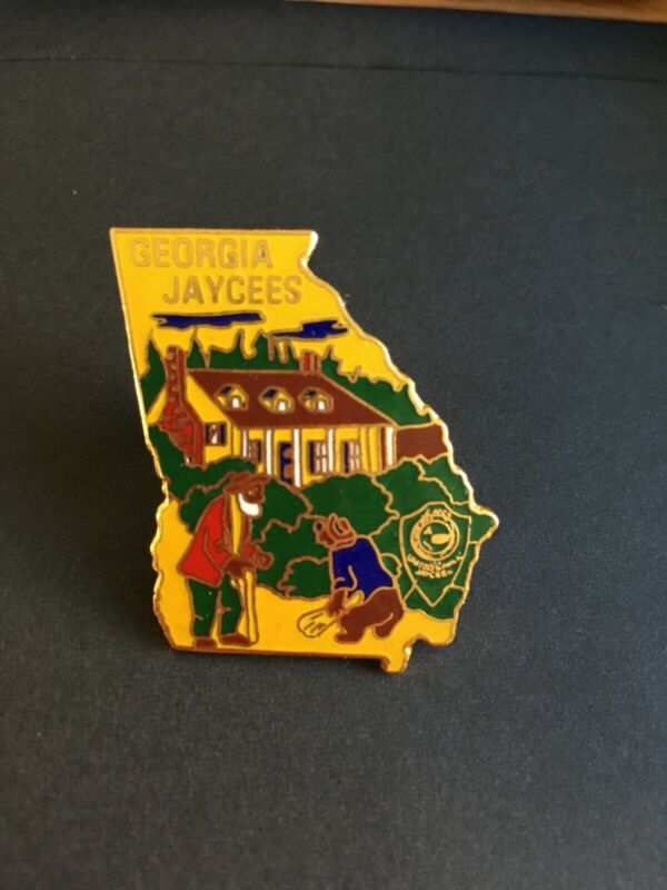 Vintage 1978 Georgia Jaycees Pin Song of the South Uncle Remus Brer Bear
