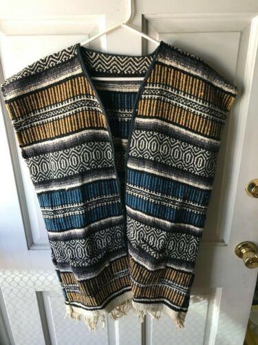 Vintage Unisex Poncho Pockets Gabán Jorongo Mexican Southwest Blanket One Size