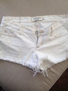 ABERCROMBIE  & FITCH Jean Shorts Size 0