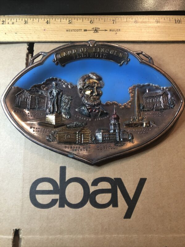 ABRAHAM LINCOLN Souvenir Tray / Wall Decor Greatest President From His Home !